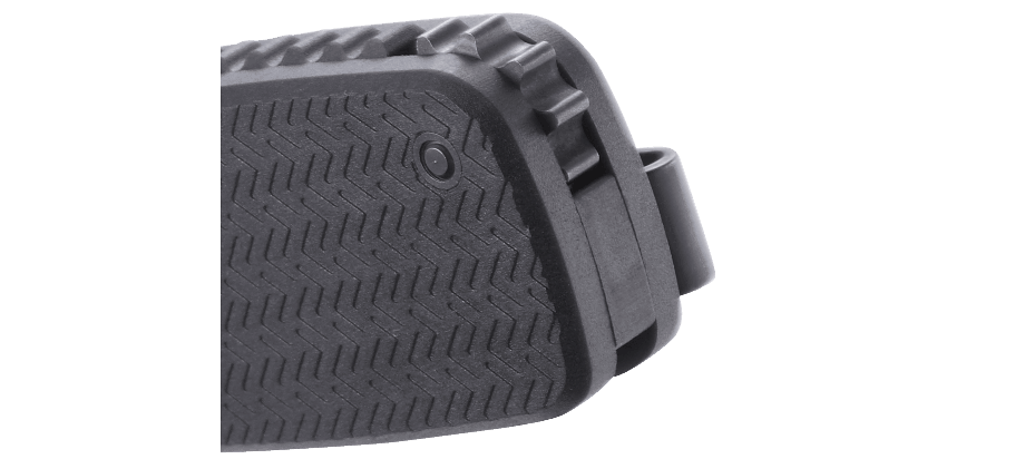 HOMEFRONT™ BLACK WITH TRIPLE POINT™ SERRATIONS
